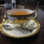 KAKO 柳橋店 - 綺麗なカップは、ノリタケ・・・