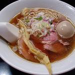 麺処 晴 - 味玉中華そば 830円