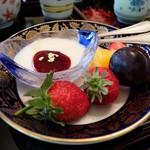 玉貴 - パンナコッタ&果物