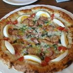 ブライヤゲート - ほうれん草とソーセージのピザ
