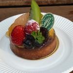 イルフェジュール - タルトフリュイというフルーツたっぷりのお菓子