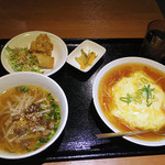 Haruka - 【新地でランチ】天津丼セット(天津飯+ラーメン+唐揚+春巻)  \850