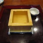 38533582 - 枡酒(土佐鶴)