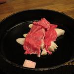 米澤牛DINING べこや - 調理中1