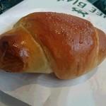 38542885 - 1番人気の塩パン