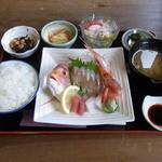 Keinohamanosato - 津居山・香住・柴山港の造り定食…1,000円