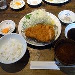3855609 - ロースカツ定食