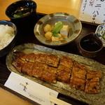 七楽 - 料理写真:うなぎ定食