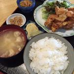 真龍 - ザンギ定食 630円