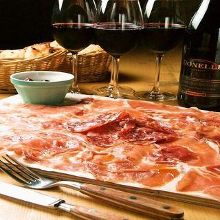 元祖!イタリア産&スペイン産生ハムとサラミのてんこ盛り