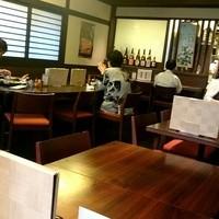 浜田屋-落ち着いた店内