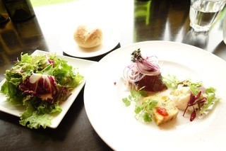 Steak&Wine Vabene フォルテ店 - 2014年9月 LUNCH Sパスタセットのサラダ、前菜、パン