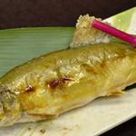 紫翠閣 とうふや - 【夏の自慢の逸品】香魚(アユ)塩焼き