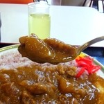 東大和市役所 食堂 - ルーは甘口、ゴロッとチキン