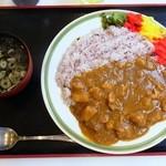 東大和市役所 食堂 - カレーライス¥380(わかめスープ付き)