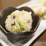 トキジロウ - 山菜炊き込み手まり