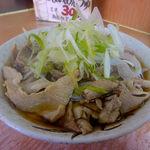 38571105 - 肉そば(430円)