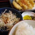 一魚一栄 - 千切りキャベのサラダ 漬物