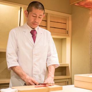 京都での8年間の修業を礎にミシュランの星を獲得した気鋭の職人