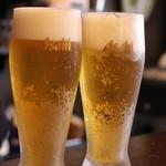 ジェイハン - ランチ麦酒は、冷え冷えのグラスにタップリの生!