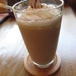 カフェ ブランコ - アイス メープルミルクティ
