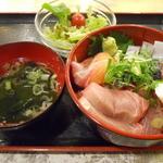 居酒屋革命 酔っ手羽 - 海鮮丼ランチ