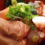 居酒屋革命 酔っ手羽 - 海鮮丼