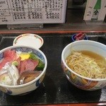 味乃魚隆 - 海鮮丼&かけ蕎麦のセット(ランチタイム:1日30食限定)初訪問時