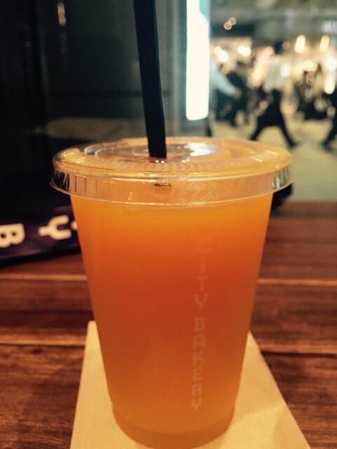 ザ・シティ・ベーカリー 品川 - オレンジジュース