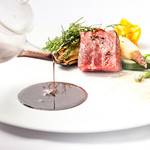 エタンセール カワモト - 料理写真:宗像牛の炭火焼 マディラ酒のソース