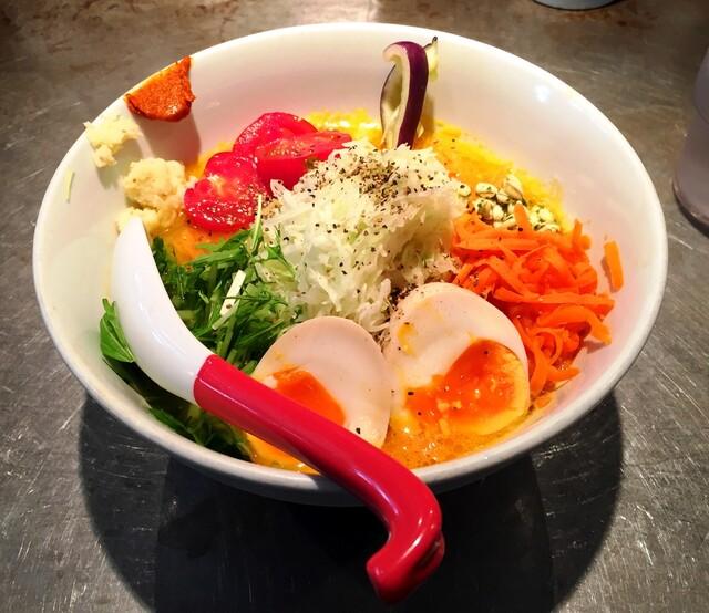 ソラノイロ Japanese soup noodle free style 本店 - ベジソバ