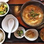 やぐやキチジョウジ - 石鍋麻婆豆腐定食