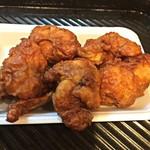 地鶏の鳥竹 - 鶏唐揚げ盛り/315円+税