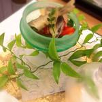 料理 吉祥寺 わるつ - 鯵の南蛮漬け。お皿もかわいい(*^^*)