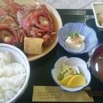 Izunosuke - 金目のかぶと煮定食