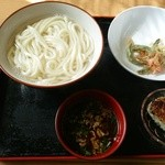 麺や 吉村 - インゲンの天ぷらは昨日の物でサービス。