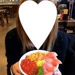 北のグルメ亭 - 赤身三食丼2780円丼ぶりはこんなサイズです