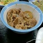 松屋 - ミニ牛皿     選べる小鉢(ミニ牛皿、とろろ、納豆、冷やっこ)