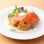 美濃三昧 - 料理写真:サーモンマリネのフレンチトースト650円