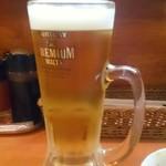 餃子や - 生ビール