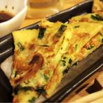 居酒屋 たこ - 海鮮チヂミ オリジナルのタレが旨い!