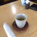 扇和 - 料理写真:おしぼりは紙じゃありません