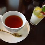 QUATRE SAISONS - ランチ ドルチェ&紅茶