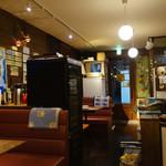 あめこや - カウンターから店内を見る 2015年3月