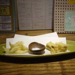 あめこや - 「子持ち白魚と子持ち昆布の天ぷら」 2015年3月