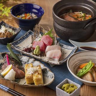 <秋の新潟食材に舌鼓>新潟食材と名物を味わうコースもご用意。