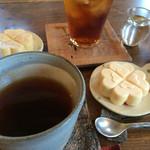 うわのそら - 紅茶とアイスモナカ