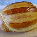 38681172 - 食卓パン:210円