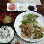 鳥でん - 生姜焼き定食