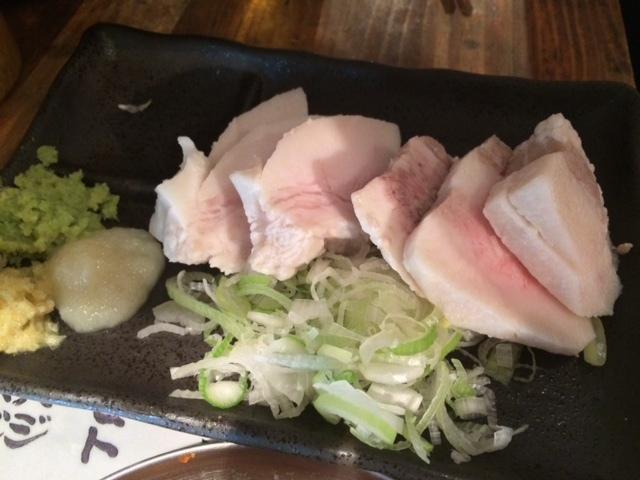 四文屋 中野北口店 - 冷製カシラ、噛む毎に味わい深く